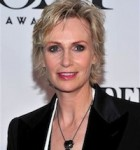 JANE LYNCH DIVORCES WIFE AFTER THREE YEARS