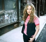 ACCLAIMED COUNTRY ARTIST AND GAY ACTIVIST CHELY WRIGHT ANNOUNCES LAUNCH OF NEW STUDIO ALBUM KICKSTARTER CAMPAIGN